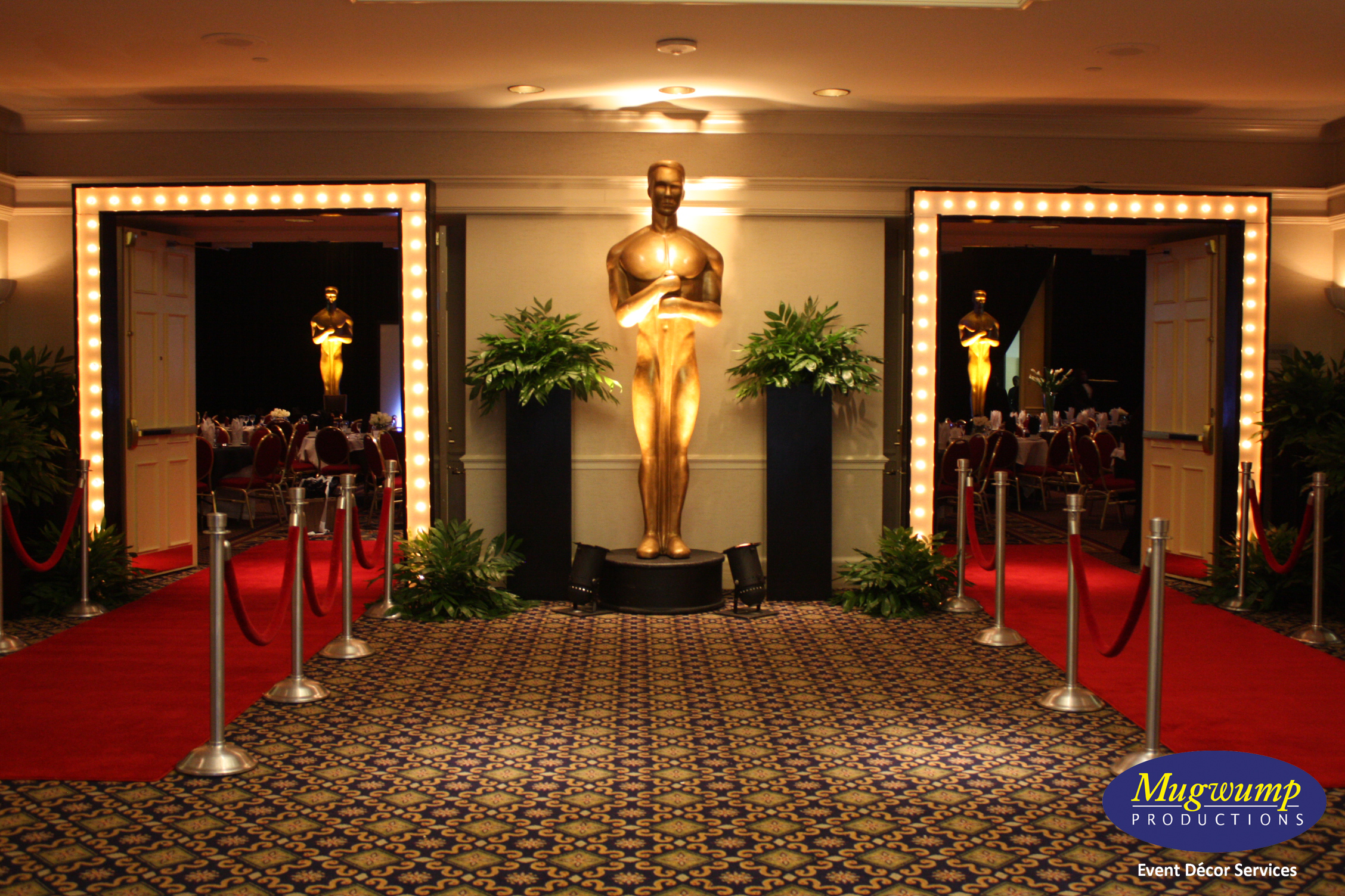 Eventful disclosure golden awards hollywood glamor for Hollywood party dekoration