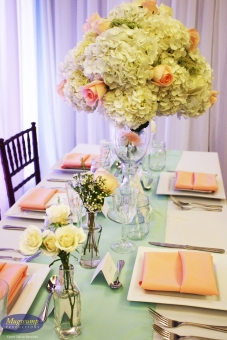 peach & mint wedding decor